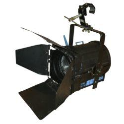 Schrägansicht Stufenlinse Scheinwerfer Lichttechnik